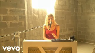 Yorina - Dry Your Tears (Acoustic)