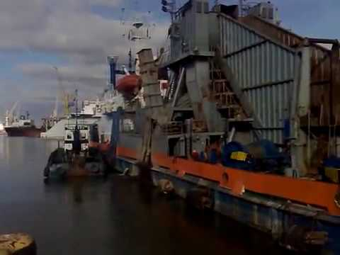 "Van Oord Bucket Dredger ""KATEGATS"" dredging Klaipedos Konteineriu Terminalas"