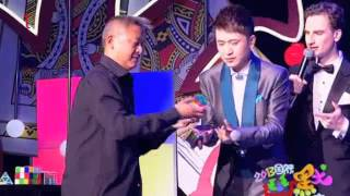 Rubik's Cubes act from China Comedy Festival on CCTV - Divers_143 Thumbnail