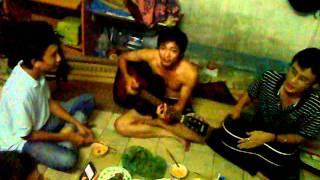 Cây đàn guitar của đại đội ba- Metal rain 19/9/2011.mp4
