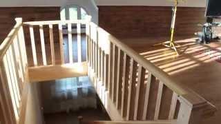 Деревянная лестница на второй этаж в частном доме от lestnica100.ru(Посмотреть портфолио http://lestnica100.ru/katalog/lestnicy-iz-dereva/lestnicy-iz-jasenja-bescvetnyi-lak.html или узнать цены на лестницы можно..., 2014-12-11T22:10:47.000Z)