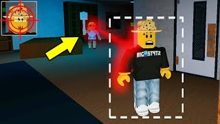 BEAST ACTIVATES AUTO-LOCK [ON] (Roblox Flee The Facility)