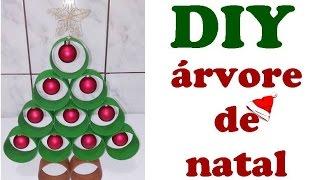 Como fazer árvore de natal com rolos de papel