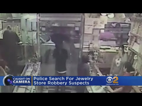 Chinatown Jewelry Store Robbery Caught On Camera