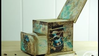 СКАЧАТЬ Шкатулка Кофе–Микс: видео МК Натальи Жуковой по микс медиа Mixed Media декору мебели Анонс