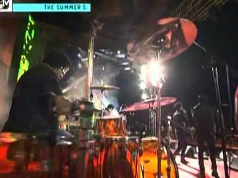 K'naan & Adam Levine - Bang bang (live@ Mtv The Summer Song 18-09-2010)