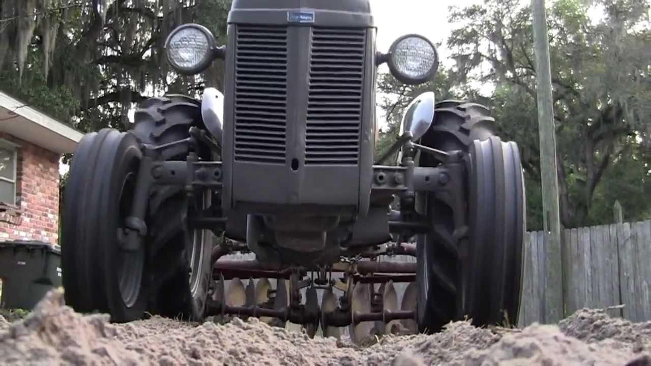 Restoring a Ferguson TO-30 Tractor in 8 minutes or less