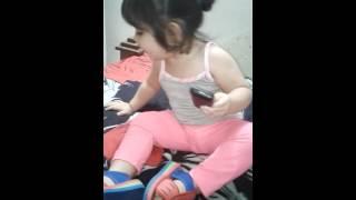 طفله عراقية وكحة