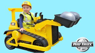 Kid Trax CAT Bulldozer Tractor 12V Kids Ride On Car Unboxing and Riding With Ckn Toys