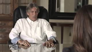 Yenitza Munoz Interviews the Actor Eric Roberts