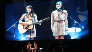 Jayesslee Singing Dare You to Move by Switchfoot at CHCKL