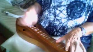 Pretty Saro on mountain dulcimer