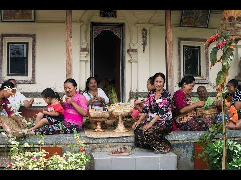 Women of Bali