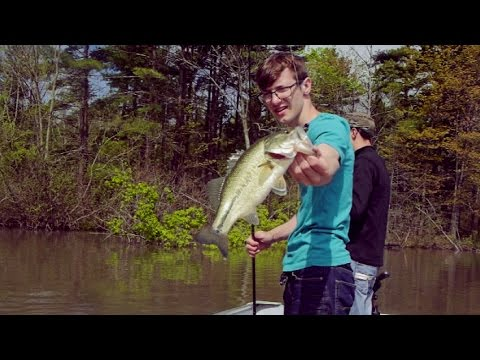 Bass Fishing a Reservoir!