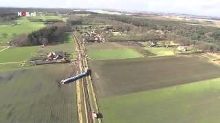 Luchtbeelden van het treinongeluk Dalfsen