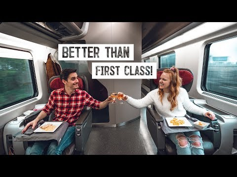 High Speed EXECUTIVE CLASS Train Ride! - Tour & Food Review (Venice, Italy To Rome)