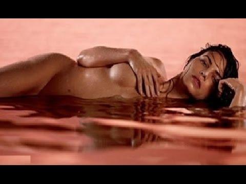 topless Jenna dewan
