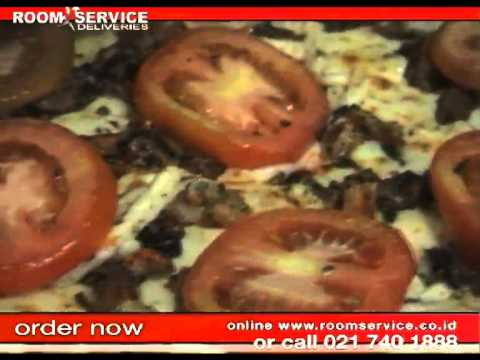 Restaurant food delivery in Jakarta? Try Pizza from La Porchetta