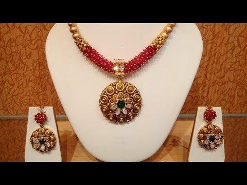 Traditional Elegant Gold Jewellery Design