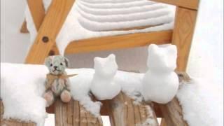 小さなクマと小さな雪だるま*