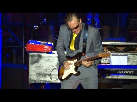 Joe Bonamassa - Love Ain't A Love Song - Hallenstadion, Zurich April 30, 2017