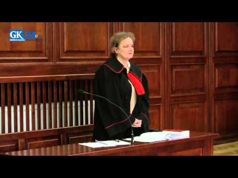 Proces w Koszalinie. Matka zamordowała córkę. Prokurator i adwokat