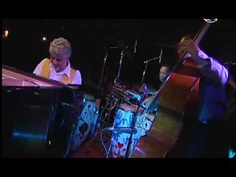 Monty Alexander - Two Bass Hit