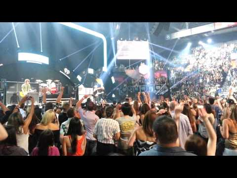 Green Day Storms Off Stage @ iHeartRadio 2012