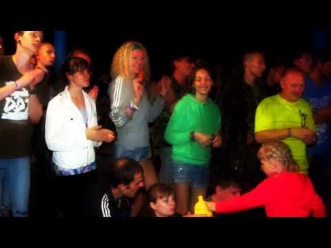 Клип Веня Дркин - Я валяюсь на диване