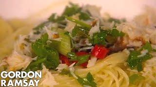Finishing crab pasta with Amanda Holden  Gordon Ramsay