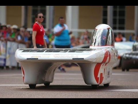 An epic solar car race begin across Australian desert