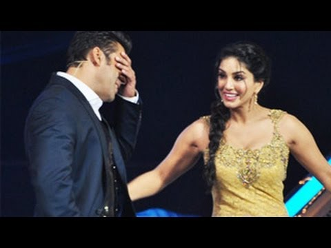 Sunny Leone WANTS Salman Khan DESPERATELY!
