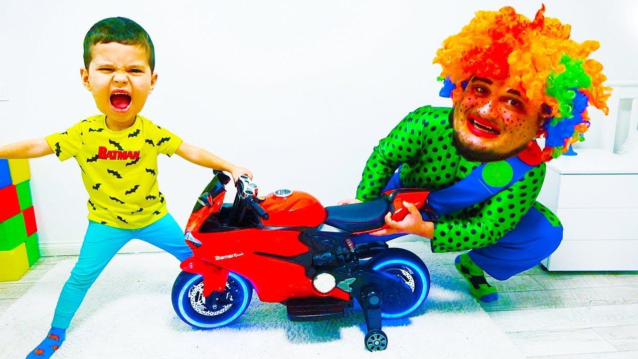 Егорка и Карлос НЕ ПОДЕЛИЛИ Игрушки...!!!
