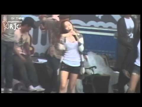 [Fancam] 100911 SNSD Jessica F(x) Krystal Tik Tok Rehearsal @ SM Town In Shanghai