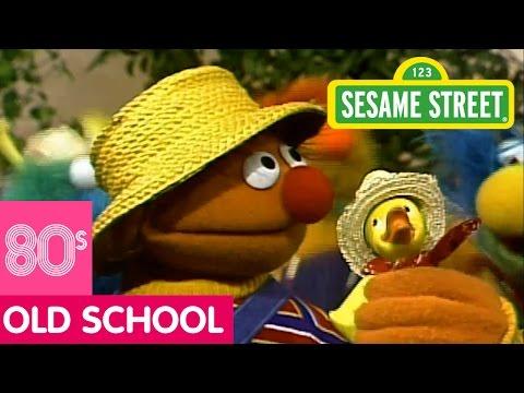 Sesame Street: Ernie and the Honker Ducky Dinger Jamboree