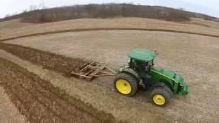 Tillage in Wisconsin - John Deere 8235R
