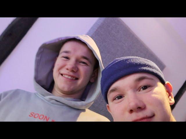 Marcus&Martinus – Making songs in the studio!!