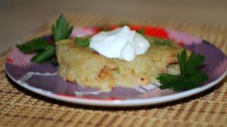 видео Бабка картофельная в духовке: рецепт. Как приготовить бабку картофельную?