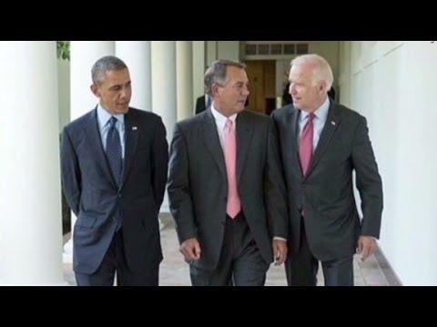 Boehner considers suing Obama