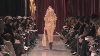 Akris Defile Fall/Winter 2010/11, Part 1 Thumbnail