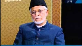 Why do Ahmadis seperate themselves from the Muslim Ummah?