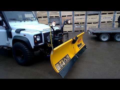 Meyer SuperV ™ snow plough for vehicles over 3.5 tonnes.
