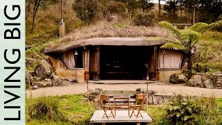 Magical Hobbit-like Eco Cave House