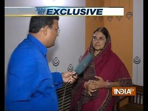 Maneka Gandhi answers Priyanka Gandhi on India TV