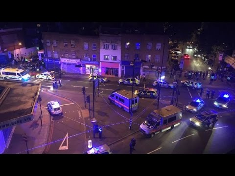 Report: Vehicle hits pedestrians in London