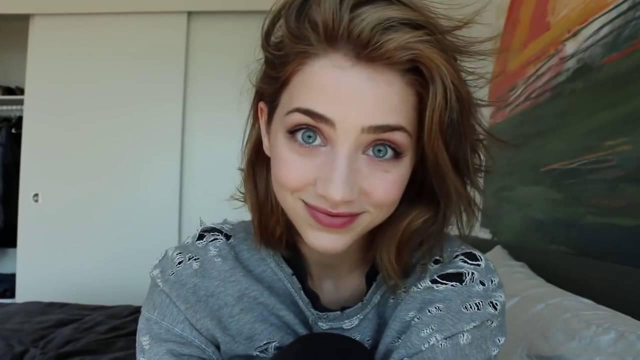 Blue Eyes Song Girl Wallpaper Beautiful Emily Rudd Youtube