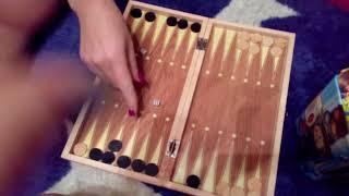 Играем с мамой в нарды и шашки