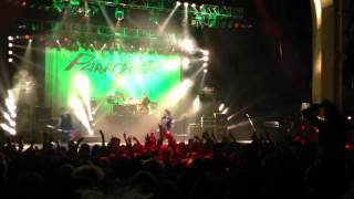 "Steel Panther - ""Eatin' Ain't Cheatin'"" live @ Brixton Academy, London, 31/03/2012"
