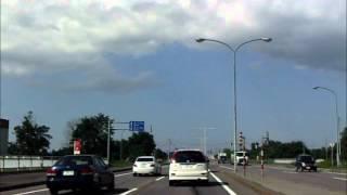 【胸糞動画】砂川市でとんでもない煽り方を披露する車が記録されたw