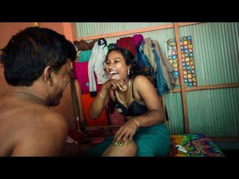 কি হচ্ছে টাঙ্গাইল যৌন পল্লীতে দেখুন | Prostitute